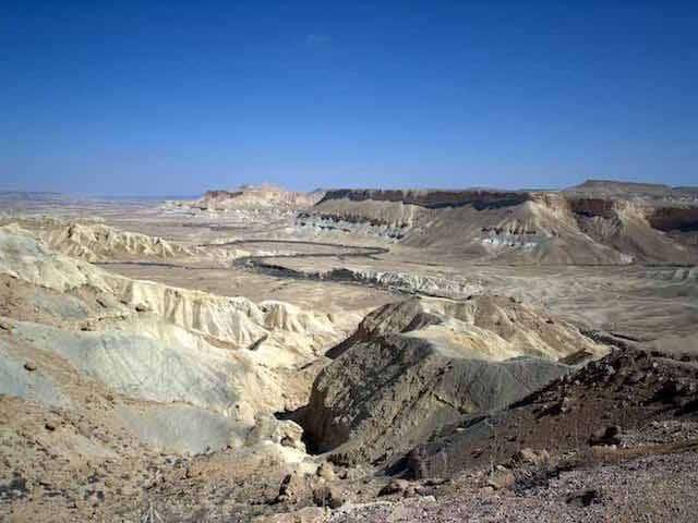 Manne, épreuves, fidélité de Dieu au désert